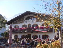 Last Minute Familienurlaub Kurzreise im Dezember Bayern Biergarten