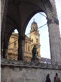 München Städtereisen Odeons Platz Innenstadt Zentral
