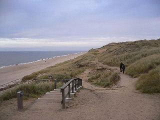 Nordsee Strandspaziergang in den Dünen